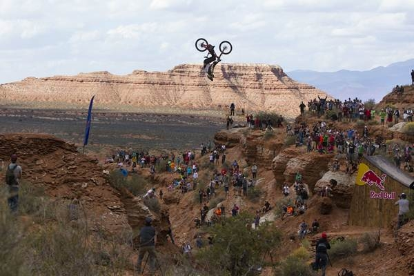 Kyle Strait mountain bike red bull rampage.jpg