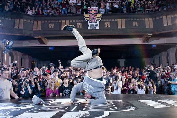 concurs breakdance red bull romania 2013.jpg