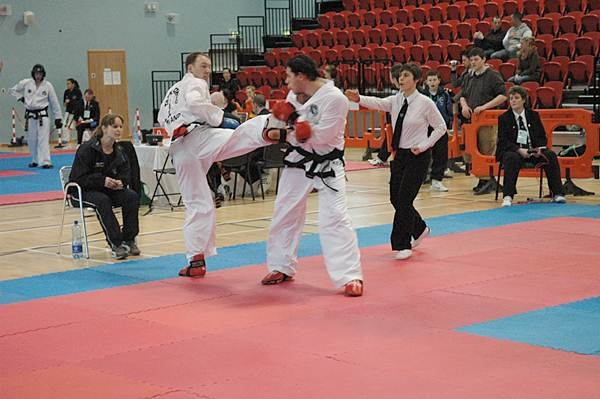 concurs international taekwondo oradea 2013.jpg