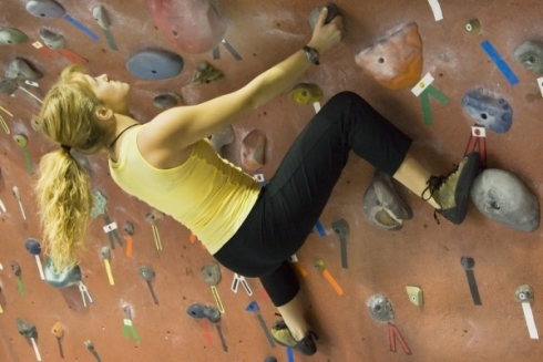 indoor-climbing_thumb-490x327.jpg