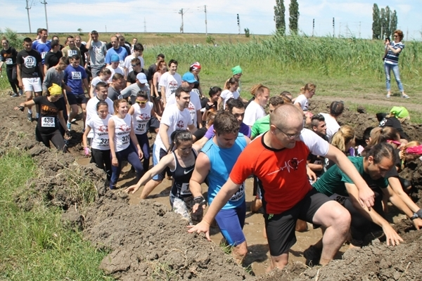 ultimate mudness cluj.jpg