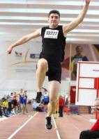 Atletism Fagaras Vlad Calfa AJA Brasov.jpg