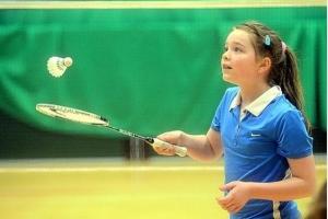 badminton copii.jpg