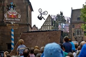 ciclism sport extrem.jpg