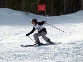 cluburi de schi alpin in brasov.jpg