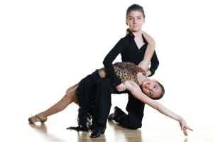 dansuri latino copii.jpg