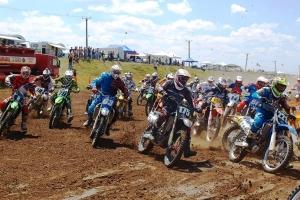 motocross circuitul corsarul rosu.JPG