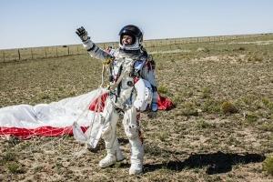 red bull stratos felix baumgartner.jpg