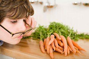 Cauze care «ne strica» ochii si alimente care ajuta vederea