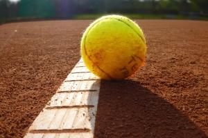 tenis de camp sibiu pamira.jpg