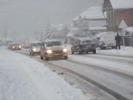 trafic ninge iarna prima ninsoare.jpg